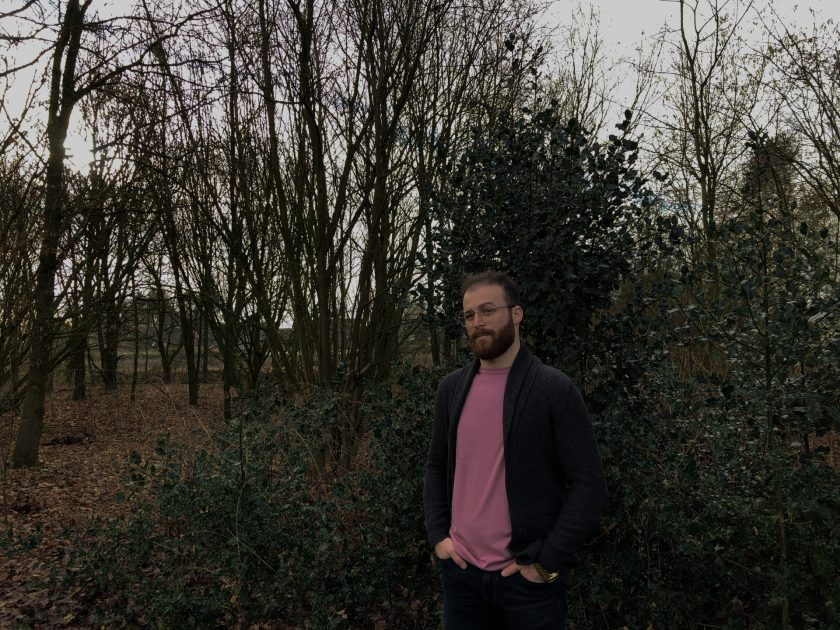 Portrait im Park. Fotografiert mit dem iPhone X