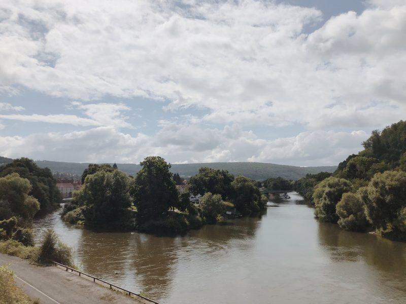 Hier fließen Werra und Fulda zur Weser zusammen.